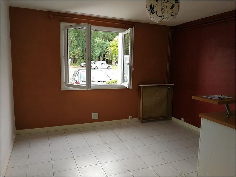 Rental apartment Bruyeres le chatel 494€ CC - Picture 4