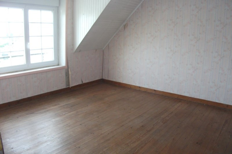 Sale house / villa Plouhinec 125 520€ - Picture 5