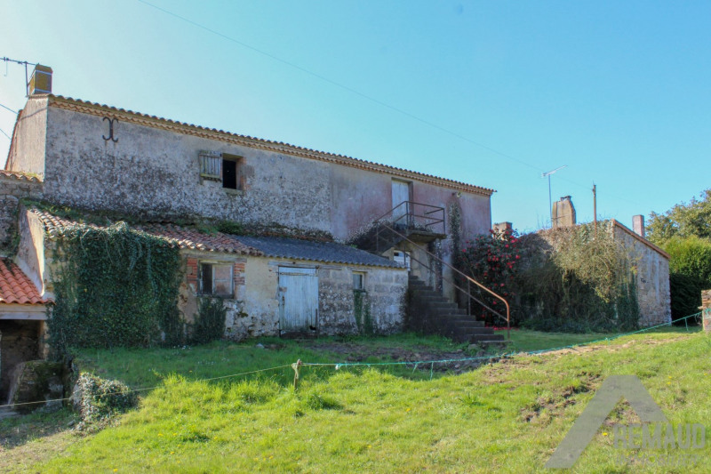Sale house / villa Landeronde 163 940€ - Picture 3