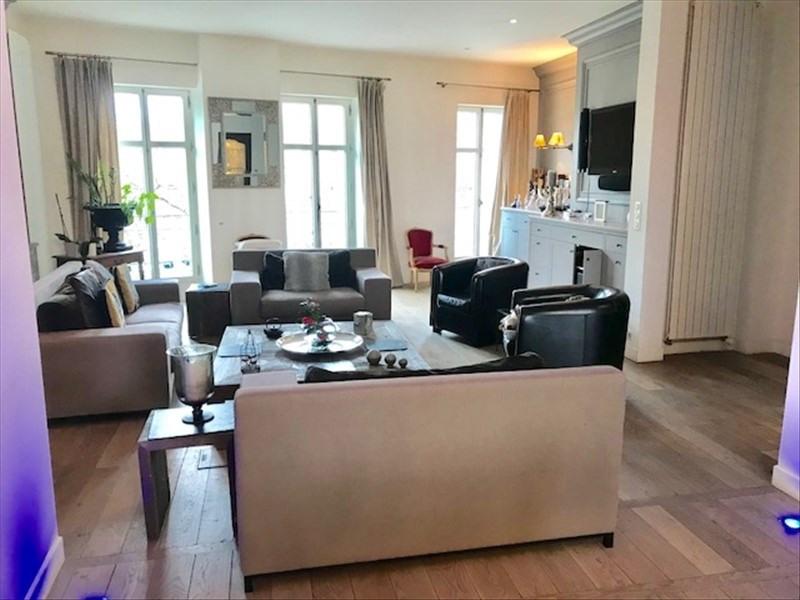 Vente de prestige maison / villa Cholet 699900€ - Photo 2