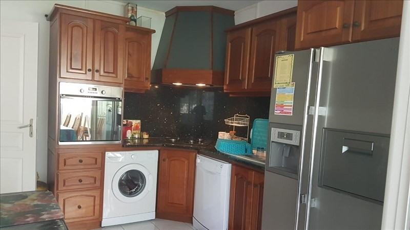 Sale apartment St gilles les bains 339000€ - Picture 5