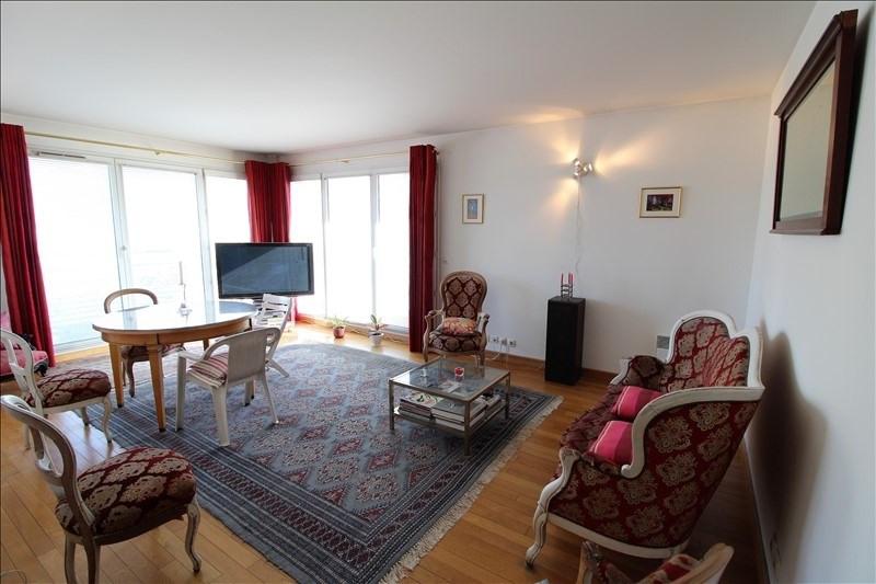 Sale apartment Paris 19ème 797000€ - Picture 2