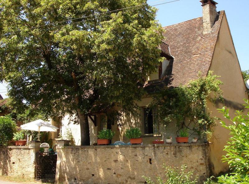 Sale house / villa Monplaisant 135000€ - Picture 1