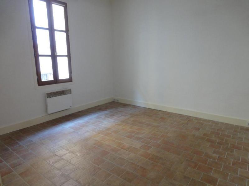 Location appartement Aix en provence 768€ CC - Photo 3