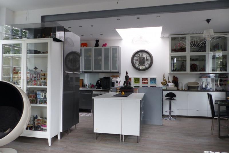 Sale house / villa Villemomble 254000€ - Picture 2