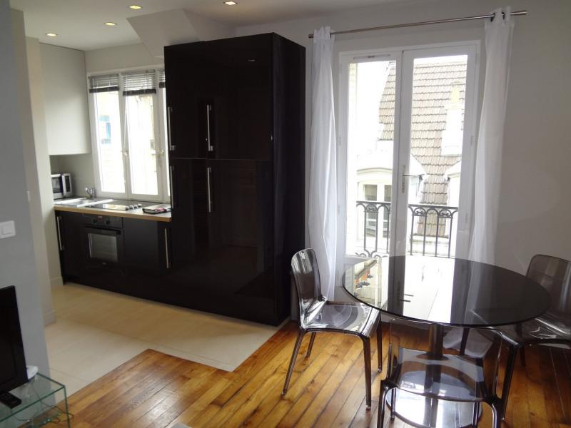 Location appartement Paris 16ème 1362€ CC - Photo 4