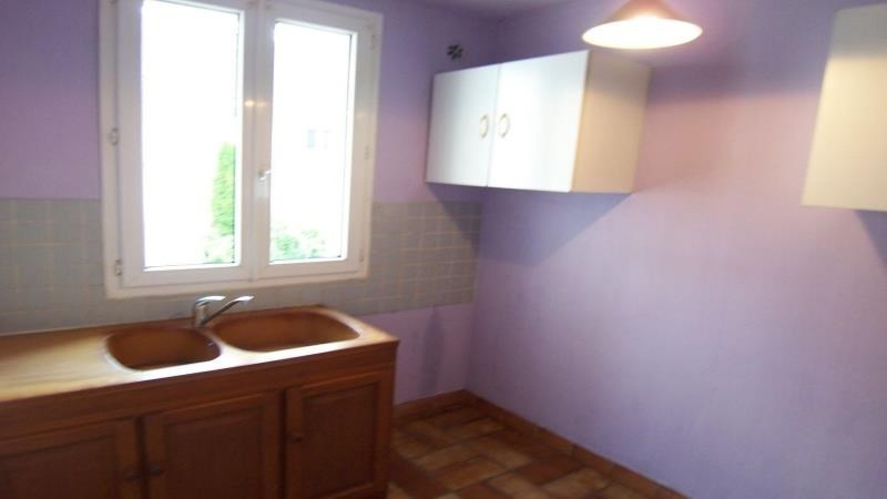 Rental apartment Troyes 382€ CC - Picture 3