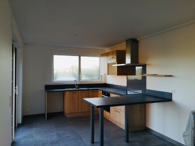 Location maison / villa Lestonan ergue gaberic 895€ CC - Photo 2