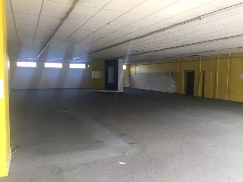 Location boutique Saint quentin 2 500€ HC - Photo 2