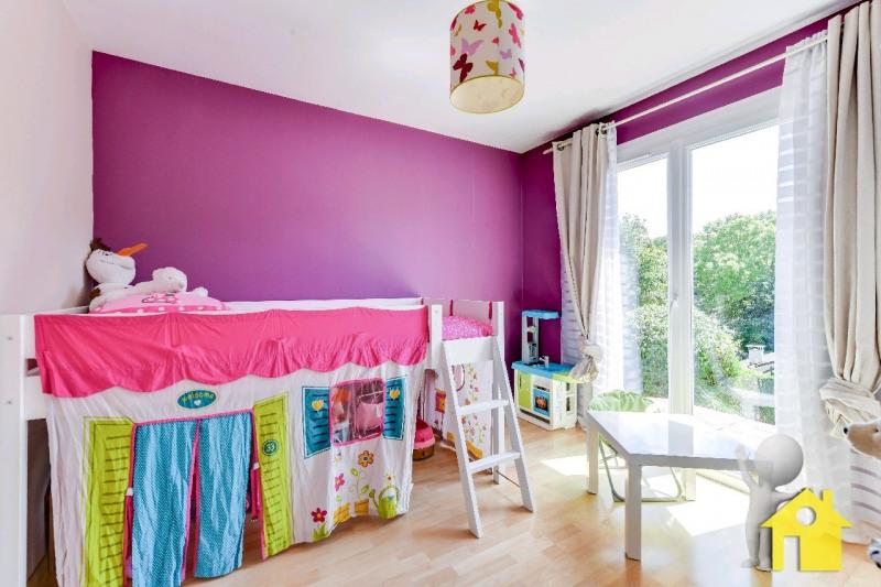 Sale house / villa Neuilly en thelle 257000€ - Picture 6