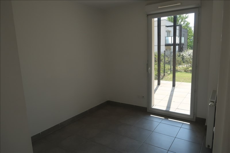 Location appartement Neuville sur saone 845€ CC - Photo 4
