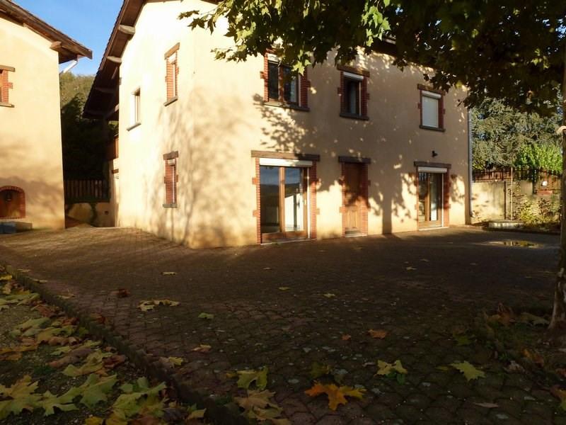 Rental house / villa Lapeyrouse mornay 900€ CC - Picture 2
