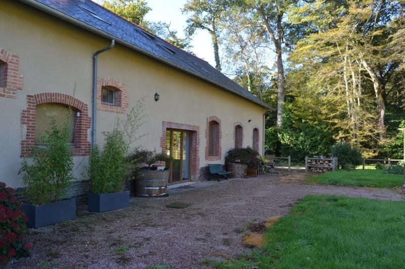 Sale house / villa Mordelles 379235€ - Picture 1