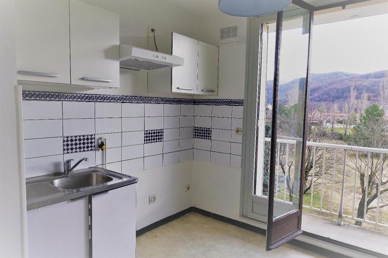 Location appartement Pont de claix 548€ CC - Photo 6