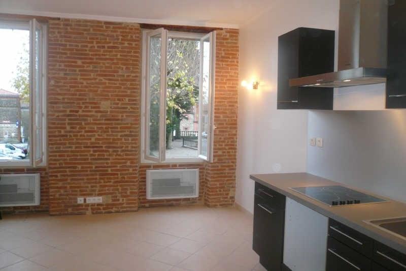 Rental apartment Caraman 425€ CC - Picture 1