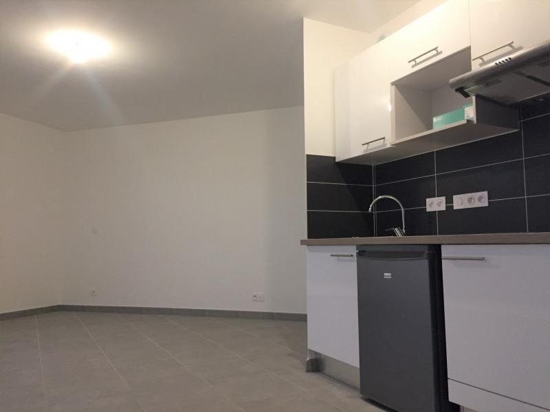 Rental apartment Nogent-sur-marne 730€ CC - Picture 3