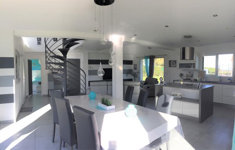 Vente maison / villa Bu 320000€ - Photo 2