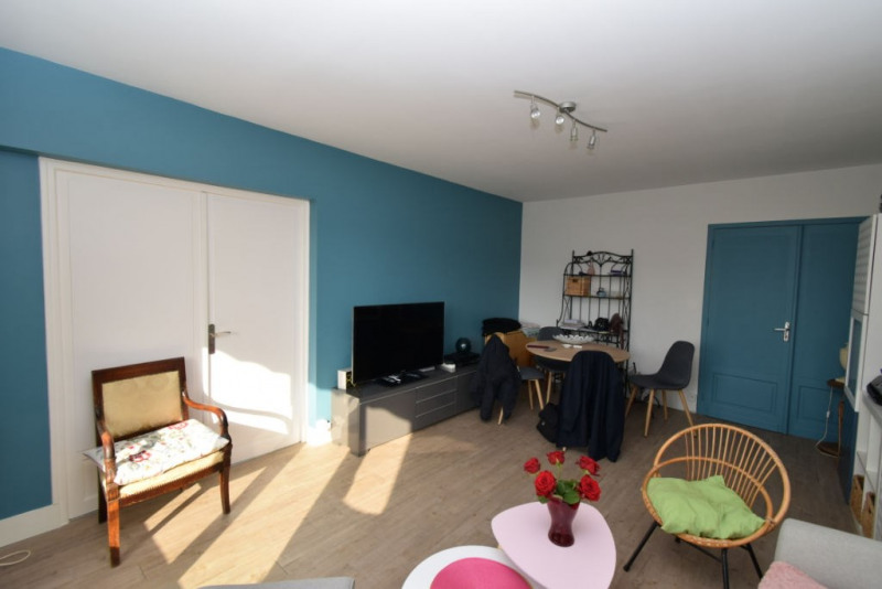 Sale apartment Blois 79 000€ - Picture 2
