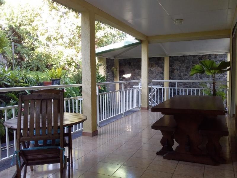 Sale house / villa Mont vert 254000€ - Picture 2