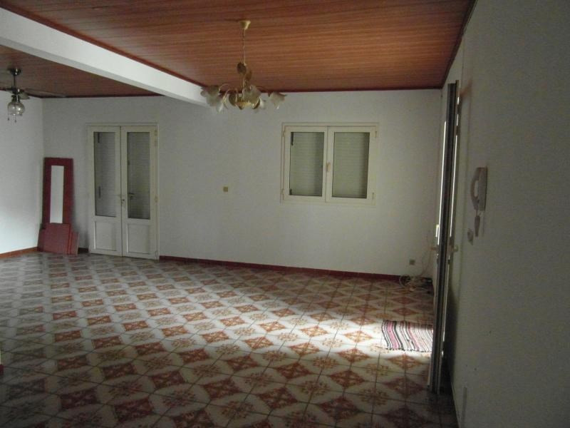 Sale house / villa Ste clotilde 265000€ - Picture 3