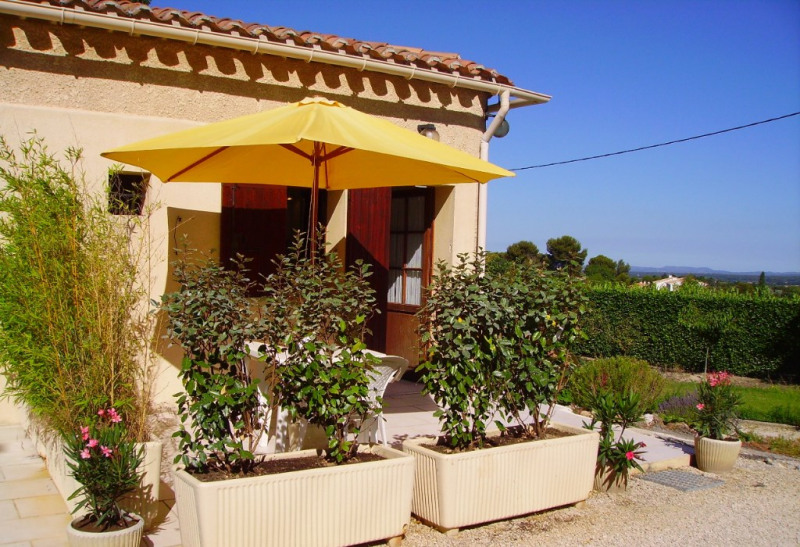 Rental apartment Aix en provence 730€ CC - Picture 1