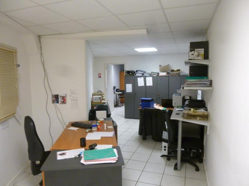 Sale apartment Nimes 96000€ - Picture 2