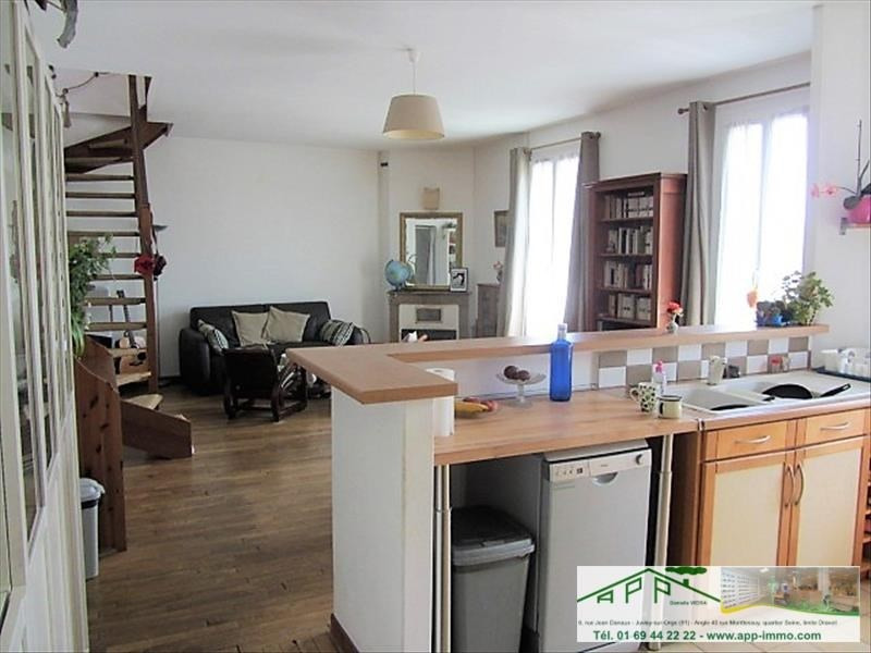 Sale apartment Athis mons 239500€ - Picture 2