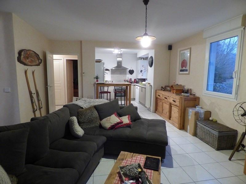 Rental apartment Gresy sur aix 855€ CC - Picture 1