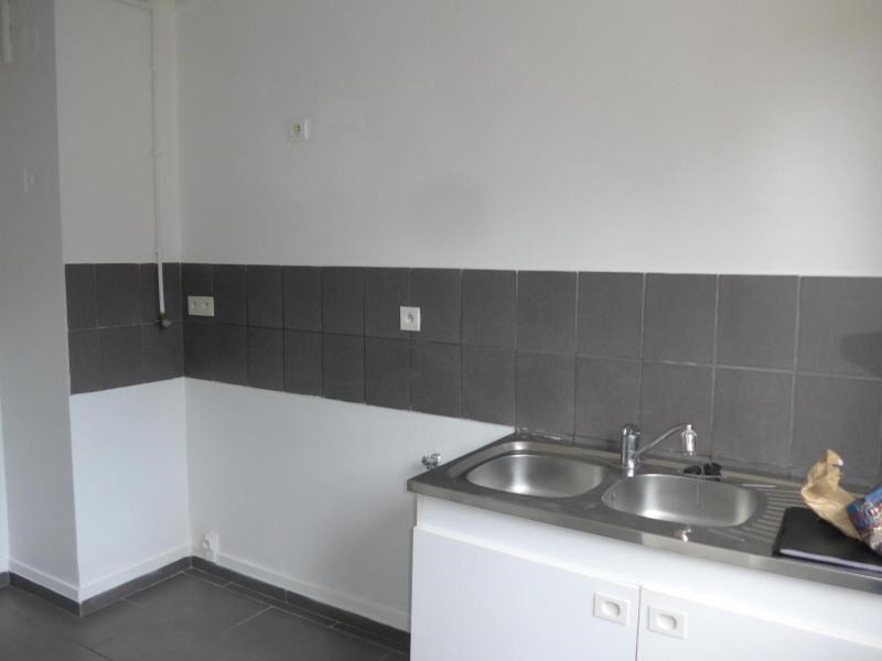 Location appartement Oullins 563€ CC - Photo 8