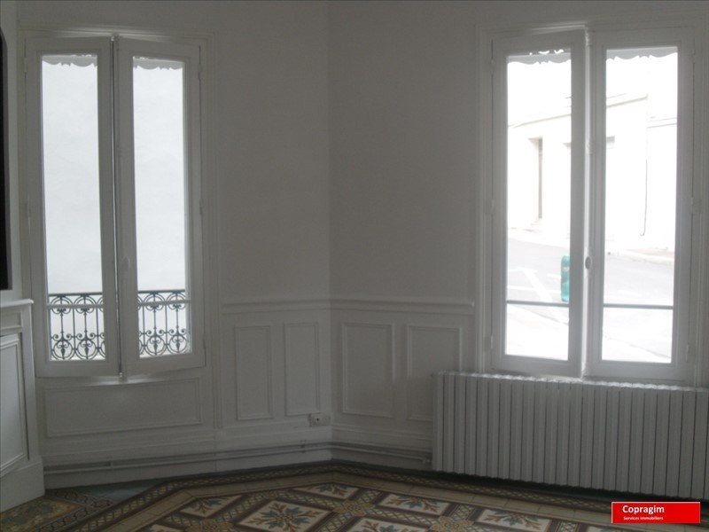 Location appartement Villeneuve la guyard 600€ CC - Photo 4