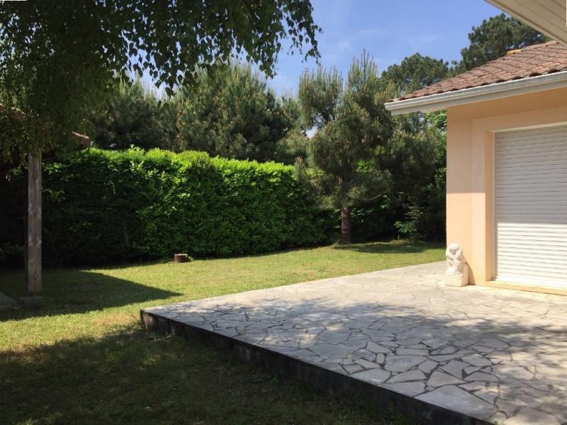 Vente maison / villa Ares 490000€ - Photo 8