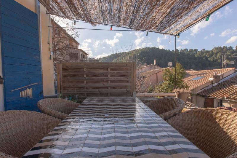 Vente maison / villa Meyrargues 595000€ - Photo 3