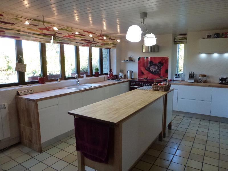 Sale house / villa Saint nicolas du pelem 259700€ - Picture 7