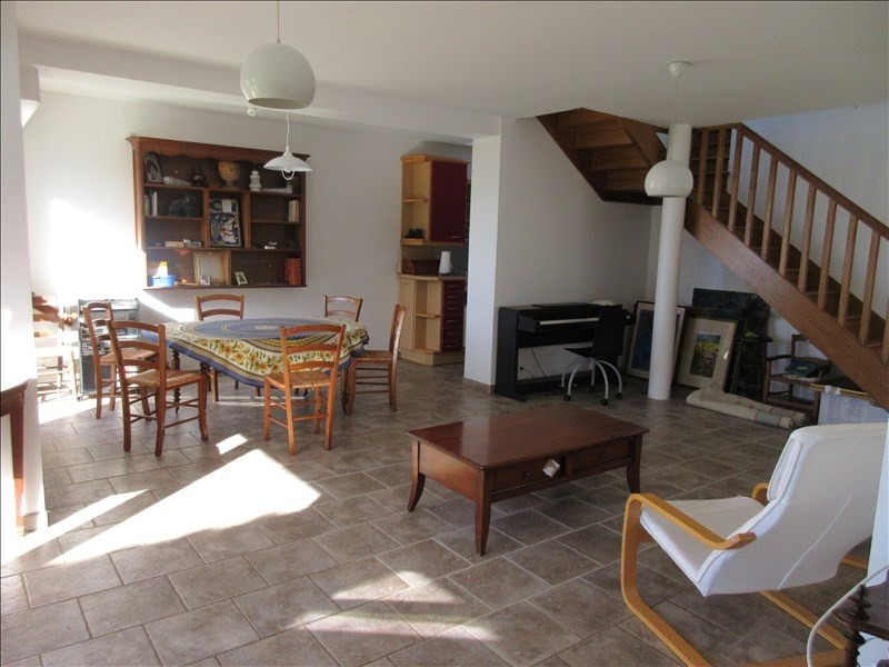 Sale house / villa Plouhinec 239 660€ - Picture 3