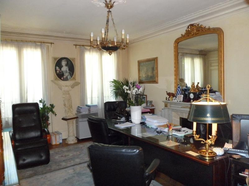 Sale apartment Paris 10ème 860 000€ - Picture 1