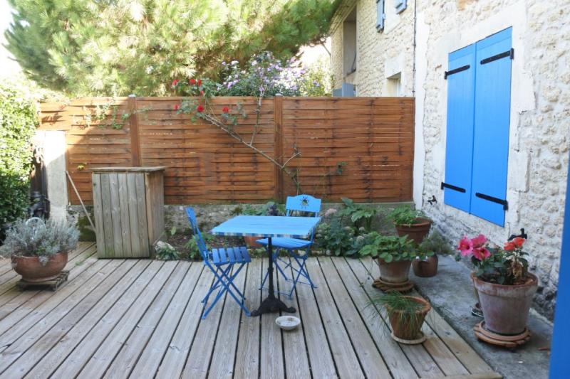 Sale house / villa Saint just luzac 186170€ - Picture 8