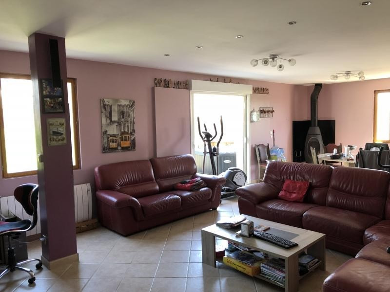 Revenda casa Sainville 239000€ - Fotografia 2