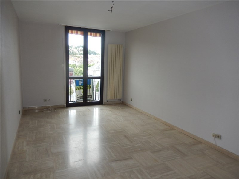 Location appartement Le puy en velay 596,79€ CC - Photo 2
