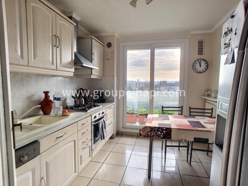 Sale apartment Nogent-sur-oise 119000€ - Picture 2