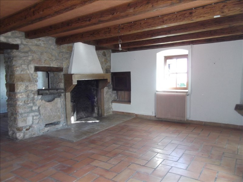 Location maison / villa Yenne 800€ CC - Photo 2