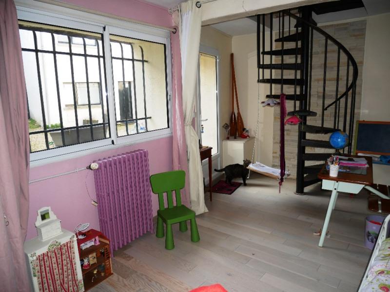 Sale house / villa Morainvilliers 327000€ - Picture 10
