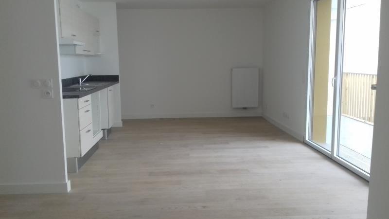 Location appartement Bordeaux 779€ CC - Photo 2
