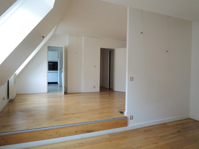Location appartement Paris 3ème 2731,70€ CC - Photo 6