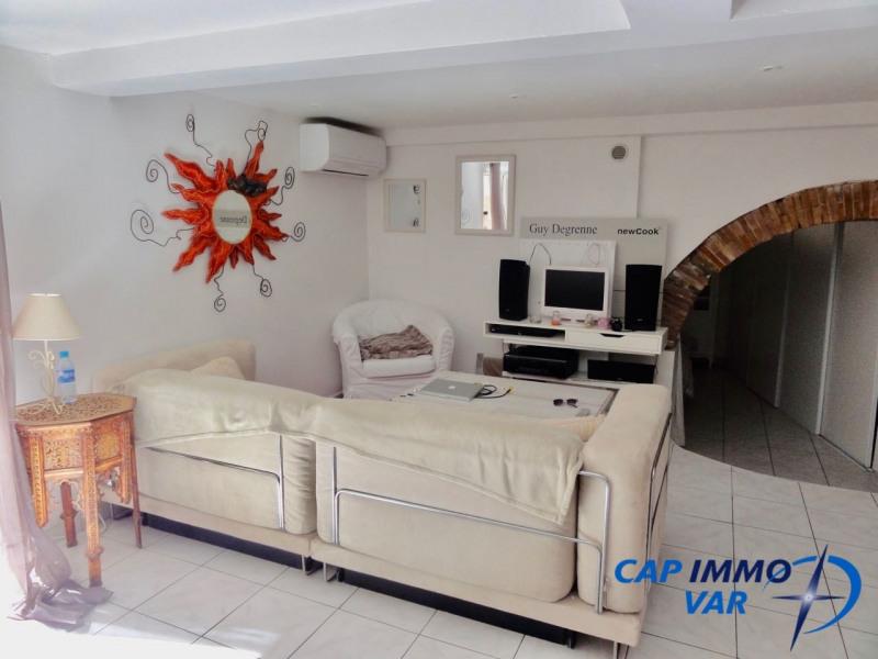 Rental apartment Le beausset 600€ CC - Picture 2