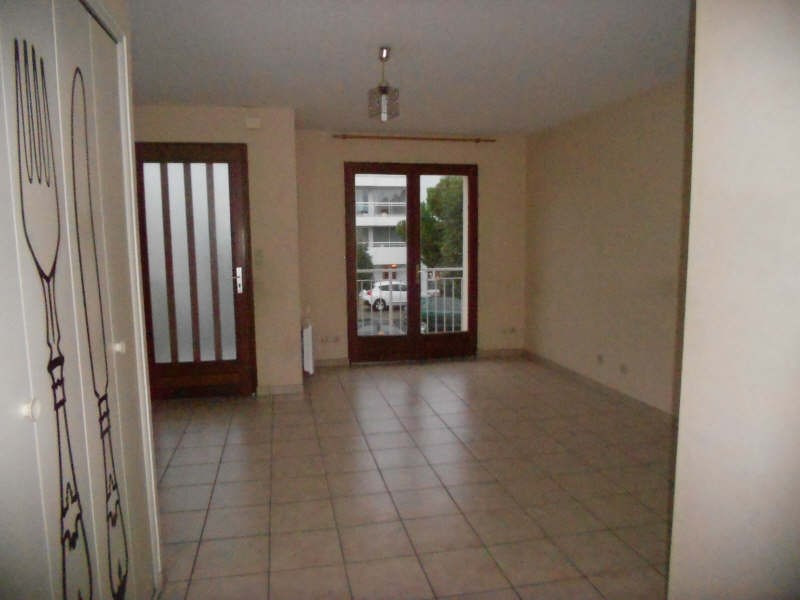 Location appartement Niort 424€ CC - Photo 2