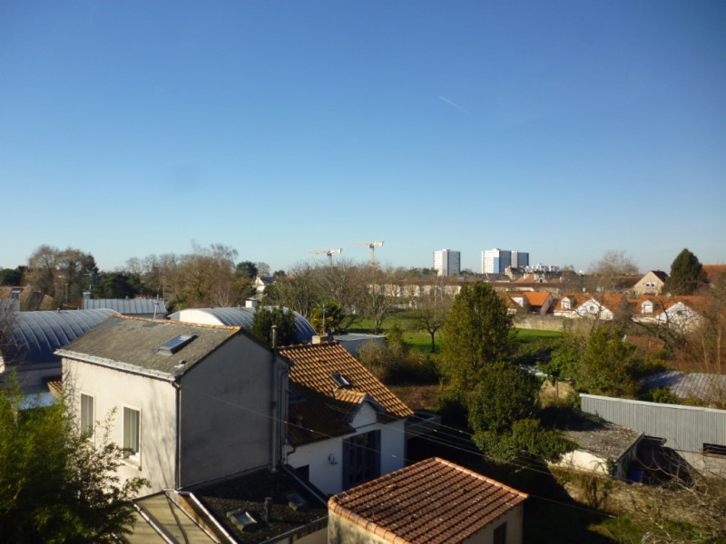 Sale apartment Nantes 212 175€ - Picture 2