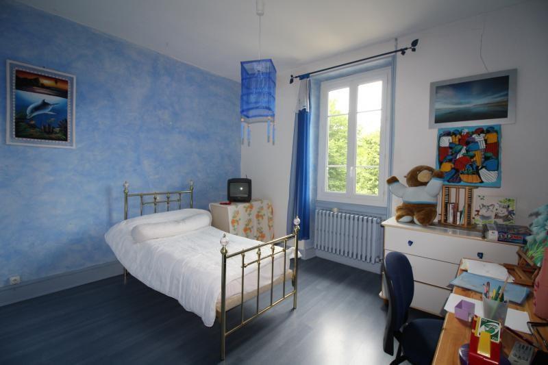 Vente maison / villa St genix sur guiers 272000€ - Photo 8
