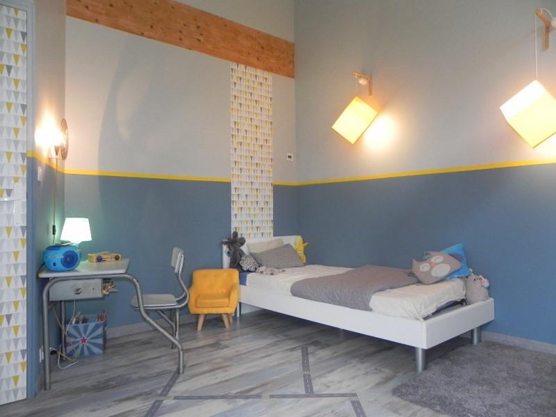 Sale house / villa Vouille 349000€ - Picture 8