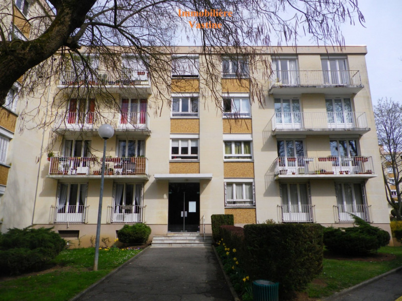 Rental apartment Senlis 980€ CC - Picture 1