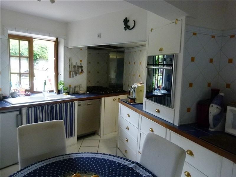 Sale house / villa Montfort l amaury 475000€ - Picture 6